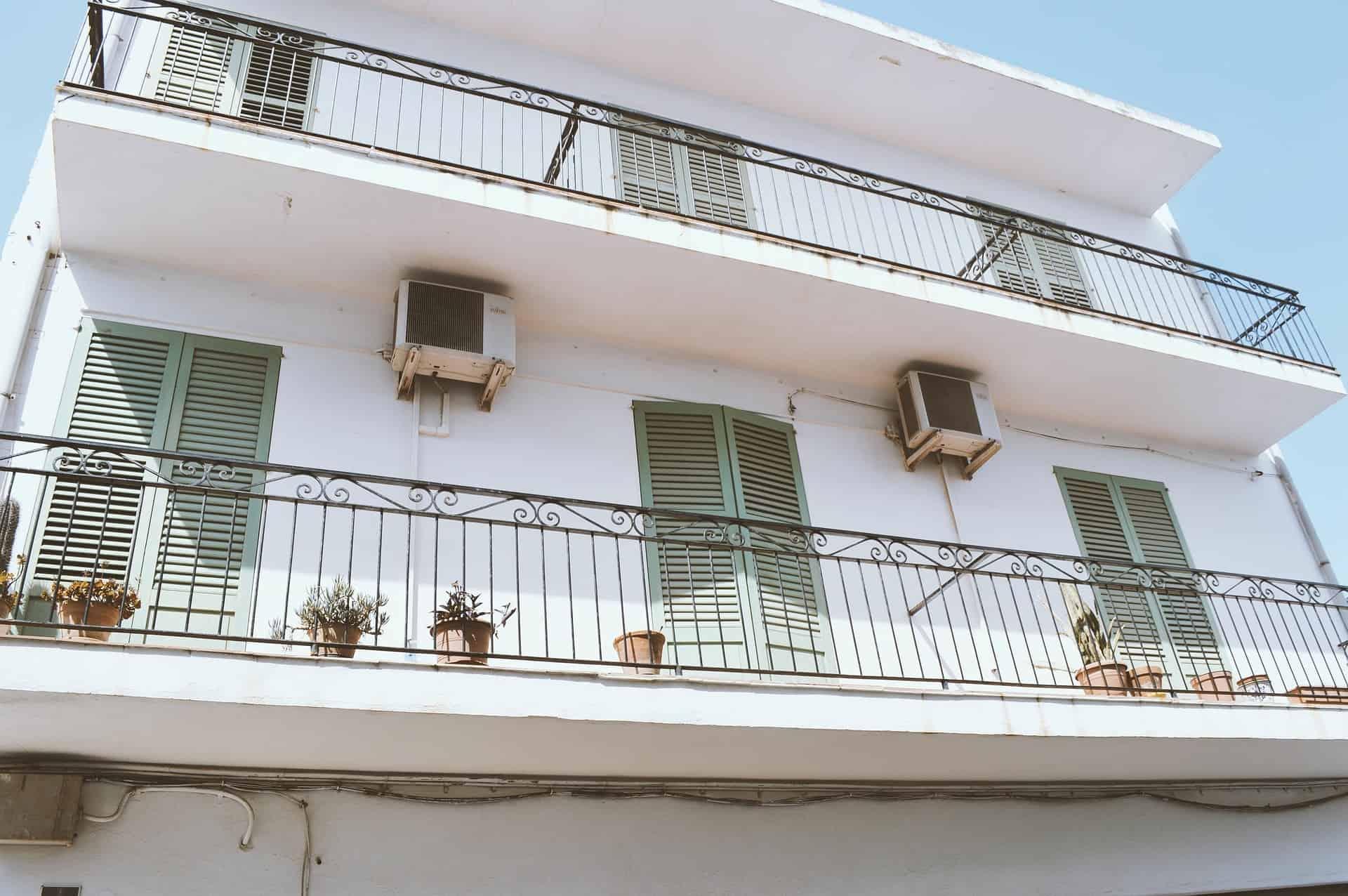 climatisation exterieure cache climatisation air3d. Black Bedroom Furniture Sets. Home Design Ideas