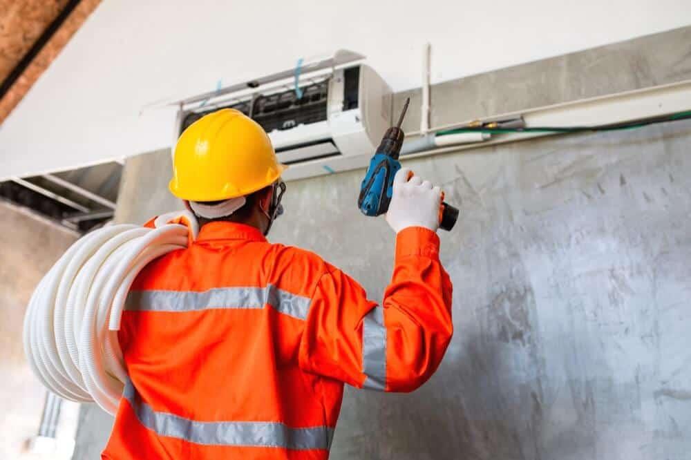 installation de climatisation par un technicien agréé