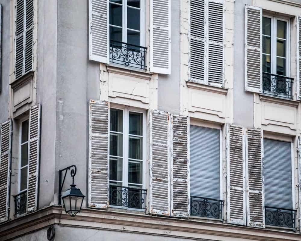 Installer une clim sur une façade d'époque